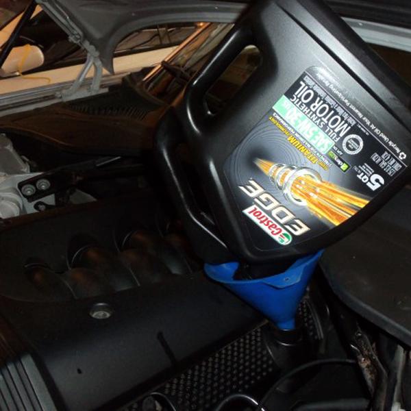 Замена масла в двигателе Ягуар